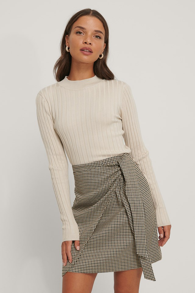 Tie Side Mini Skirt beige/Black