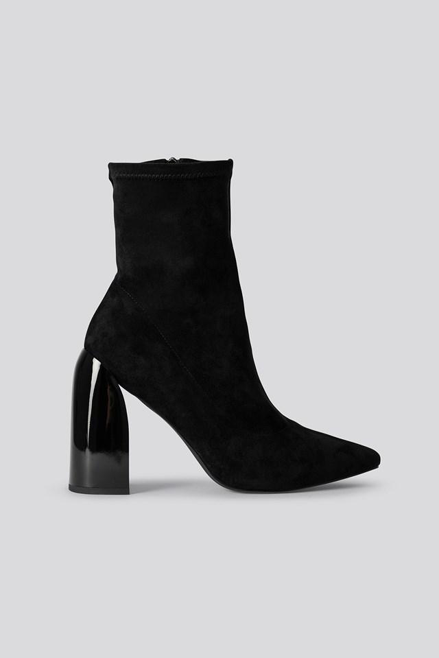 Tight Shaft Block Heel Booties Black