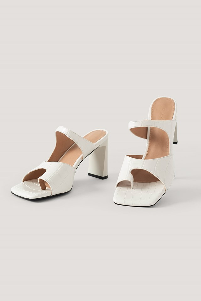 Toe Detailed Double Strap Sandals White