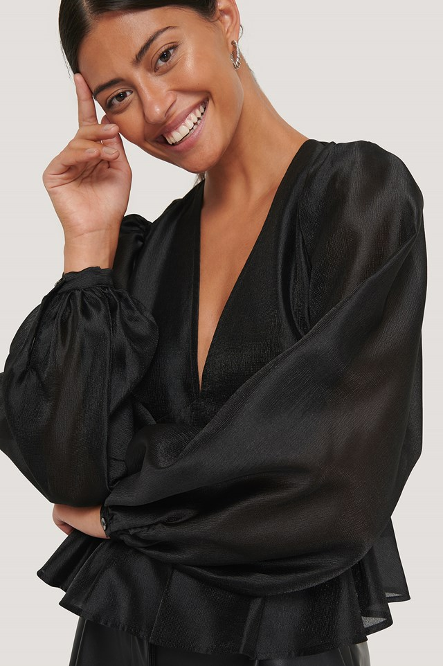 V-neck Frill Blouse Black
