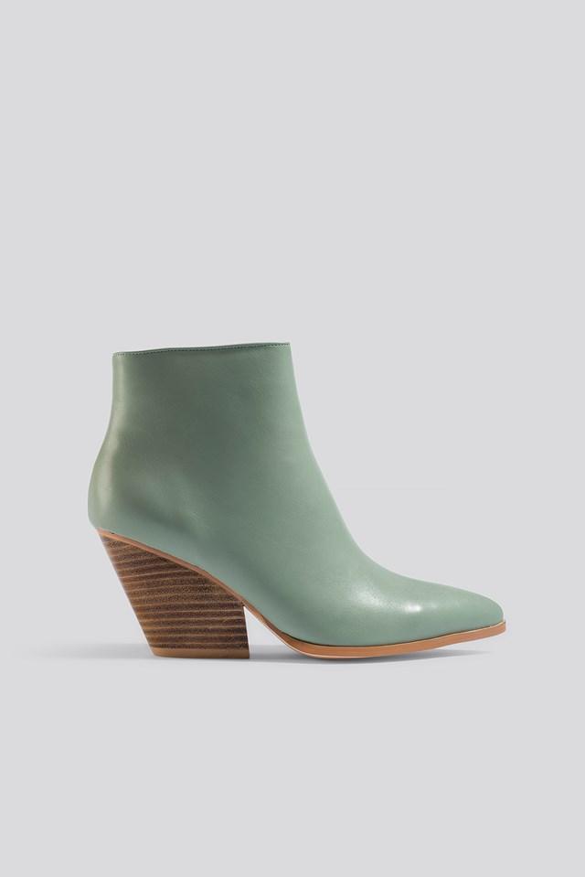 Western Heel Pointy Boots Dusty Green