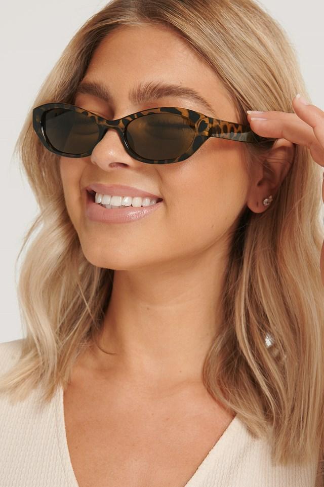 Wide Drop Shape Retro Sunglasses Tortois