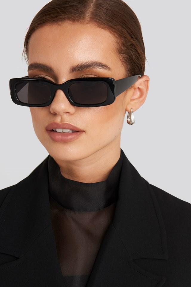 Wide Retro Look Sunglasses Black