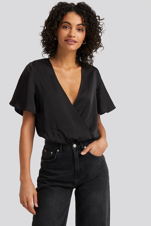 Wrap Over Short Sleeve Body NA-KD Party