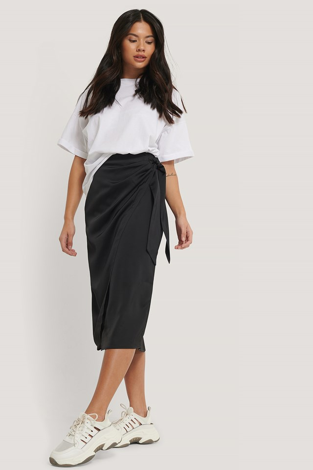 Wrap Tie Skirt Black