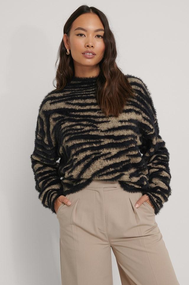 Zebra Knitted High Neck Sweater beige/Black