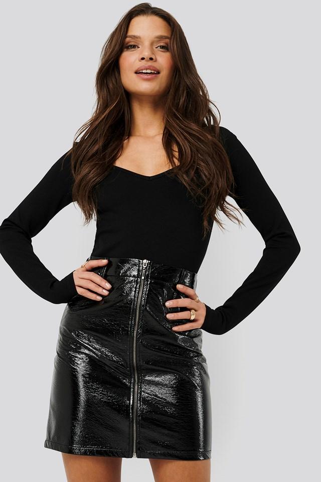 Patent Mini Skirt Nicci Hernestig x NA-KD