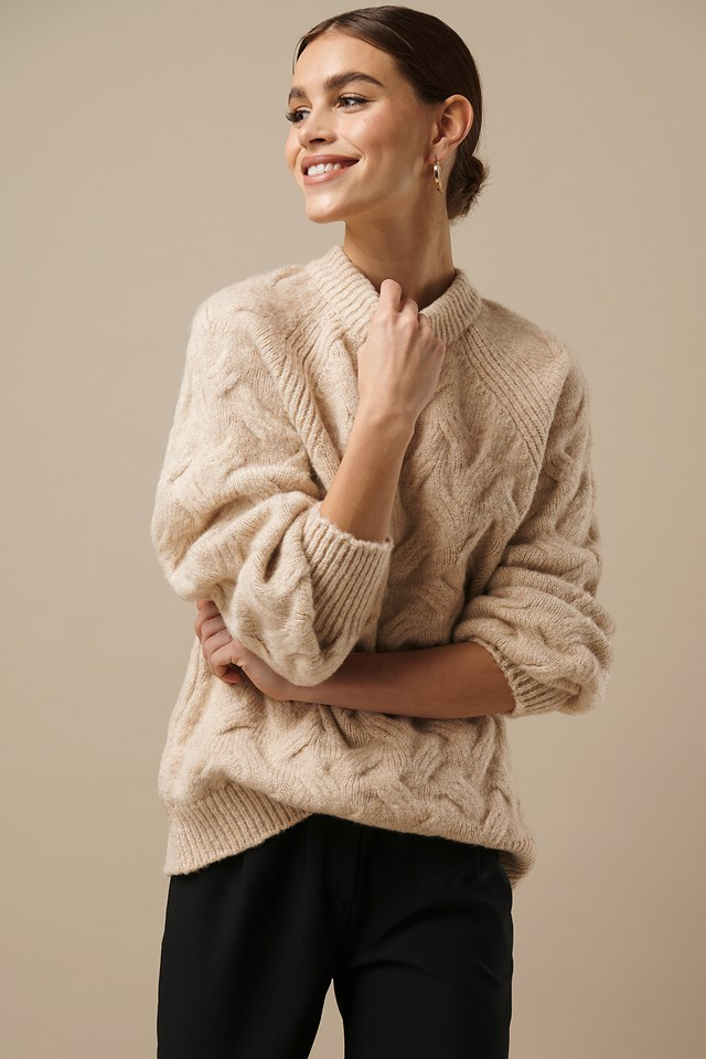 Chunky Cable Knitted Sweater Light Beige