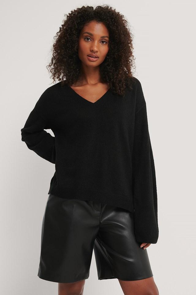 Black Emelie V Neck Knit