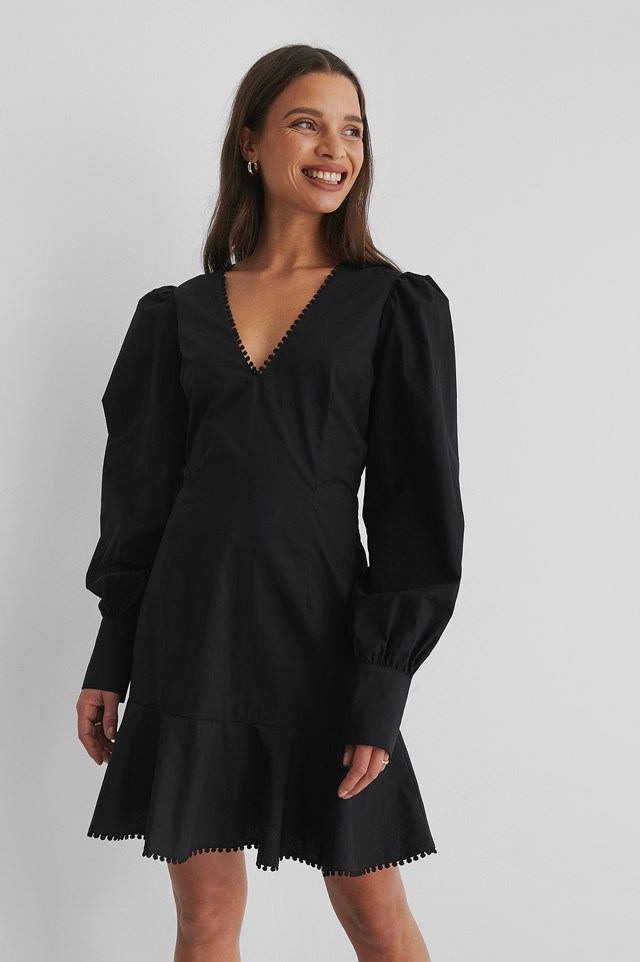 Wide Shoulder Mini Dress Black