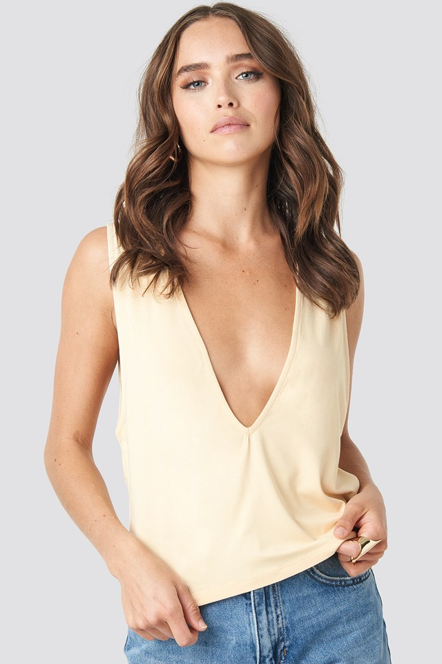 Hannah Whiting Deep Front Top Nude