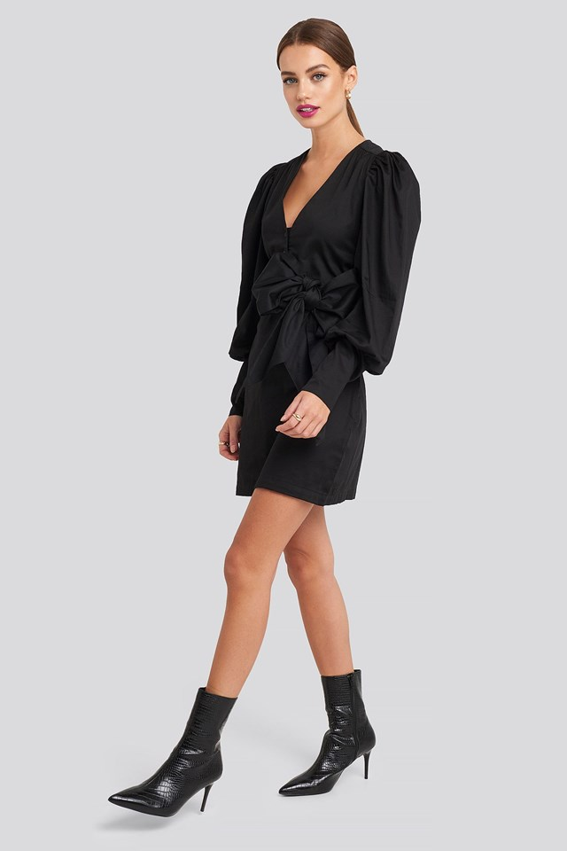 Bow Detail Long Sleeve Mini Dress Black Outfit