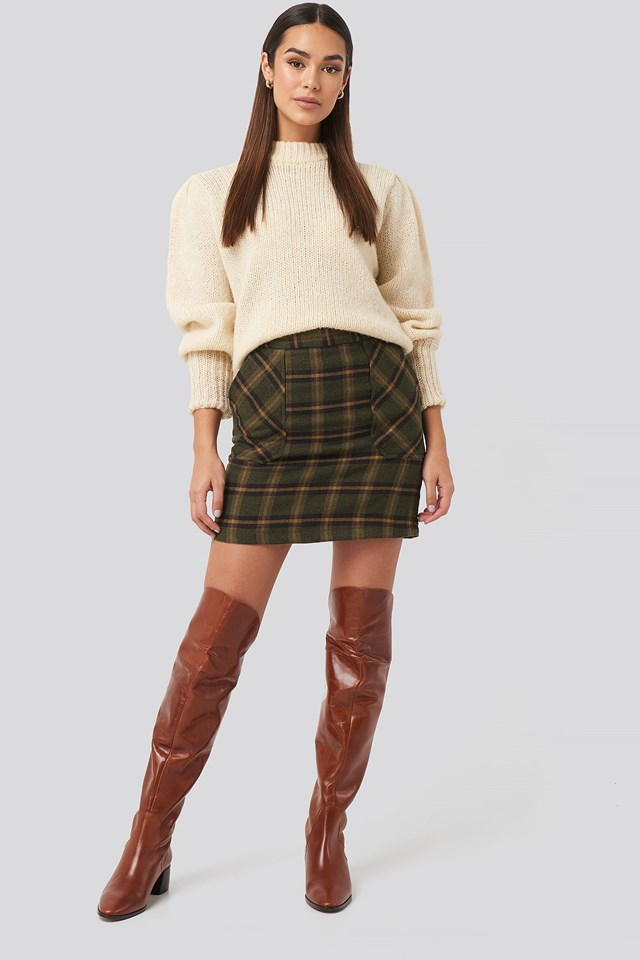 Pocket Detailed Mini Skirt Green Outfit