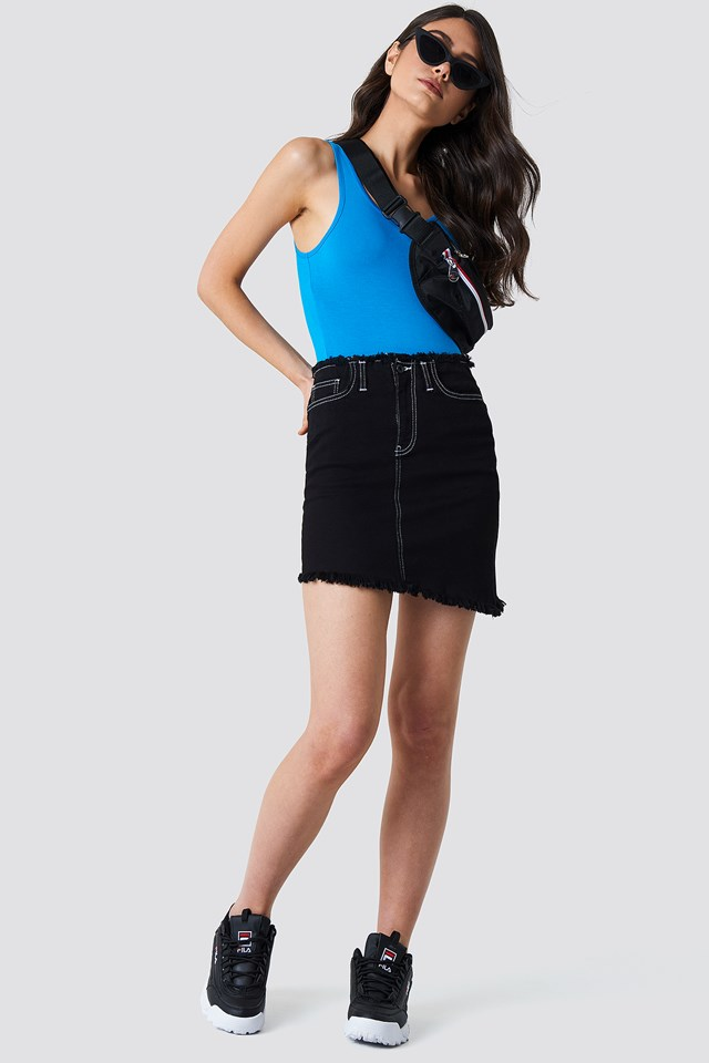 Sporty Look with Raw Hem Denim Skirt