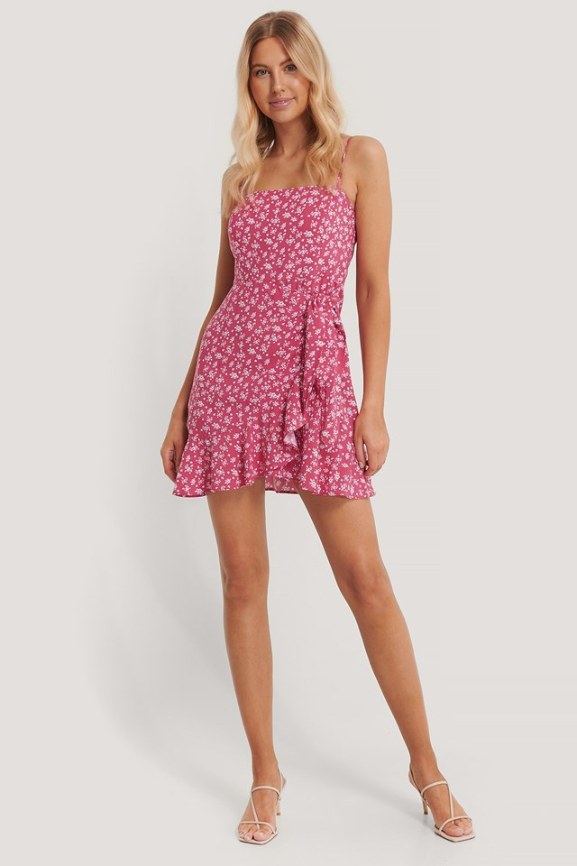 Knot Detail Mini Dress Outfit