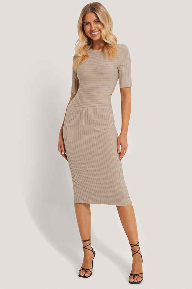 Tie Back Midi Dress Outfit