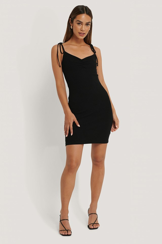 Tie Shoulder Ribbed Jersey Dress Outfit