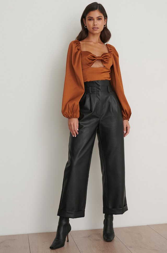Balloon Sleeve Cut Out Top