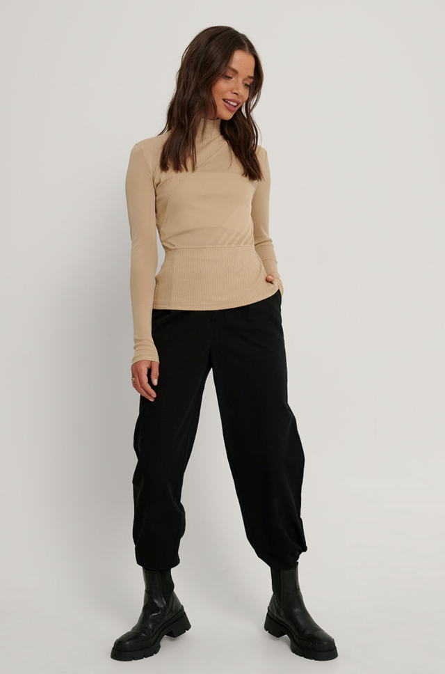 Front Detail Knitted Top