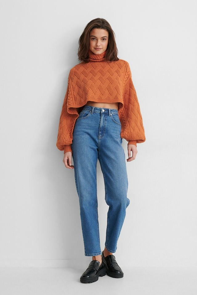 Cropped Cable Knitted Sweater