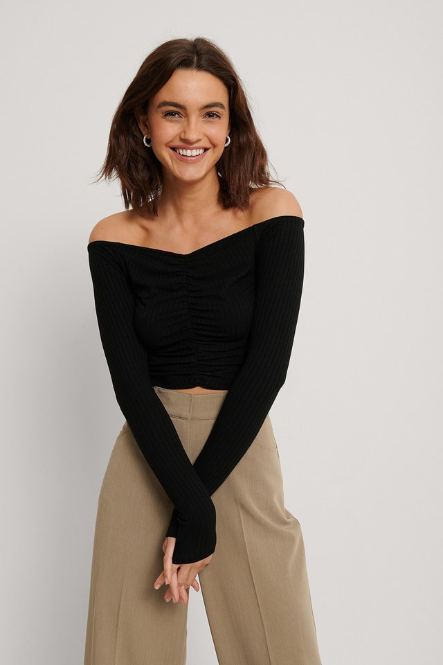 Off Shoulder Rouched Top Outfit