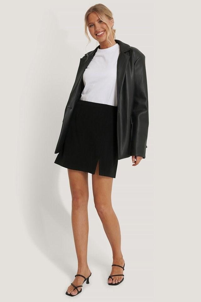 Slit Mini Skirt Black Outfit.
