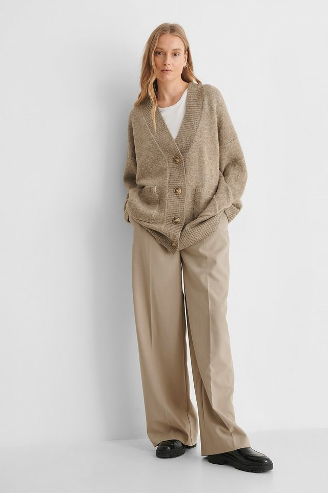 Taldora Cardigan Outfit.