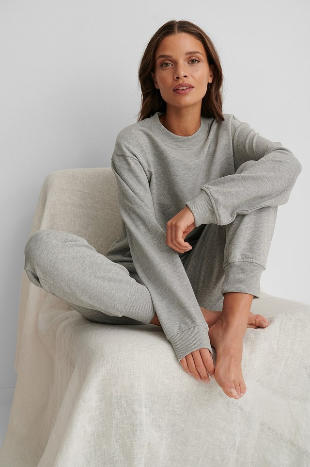 Basic Sweater Grey Outfit.