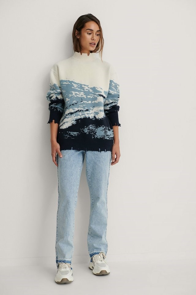 Printed Oversized Knitted Sweater Outfit.