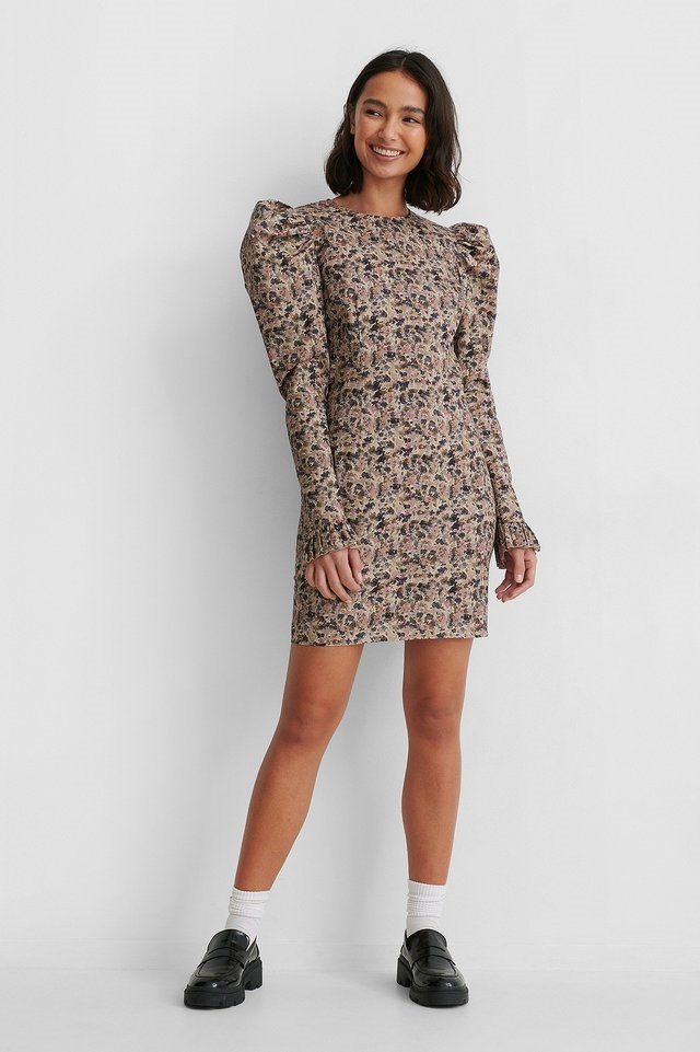 Long Puff Sleeve Mini Dress Outfit.