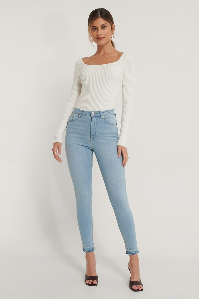 Skinny High Waist Open Hem Jeans Outfit.