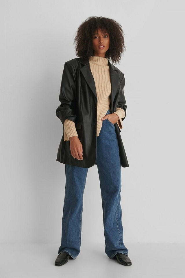 Lemar Sweater Outfit.
