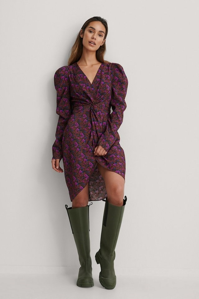 Front Knot Dress Outfit.