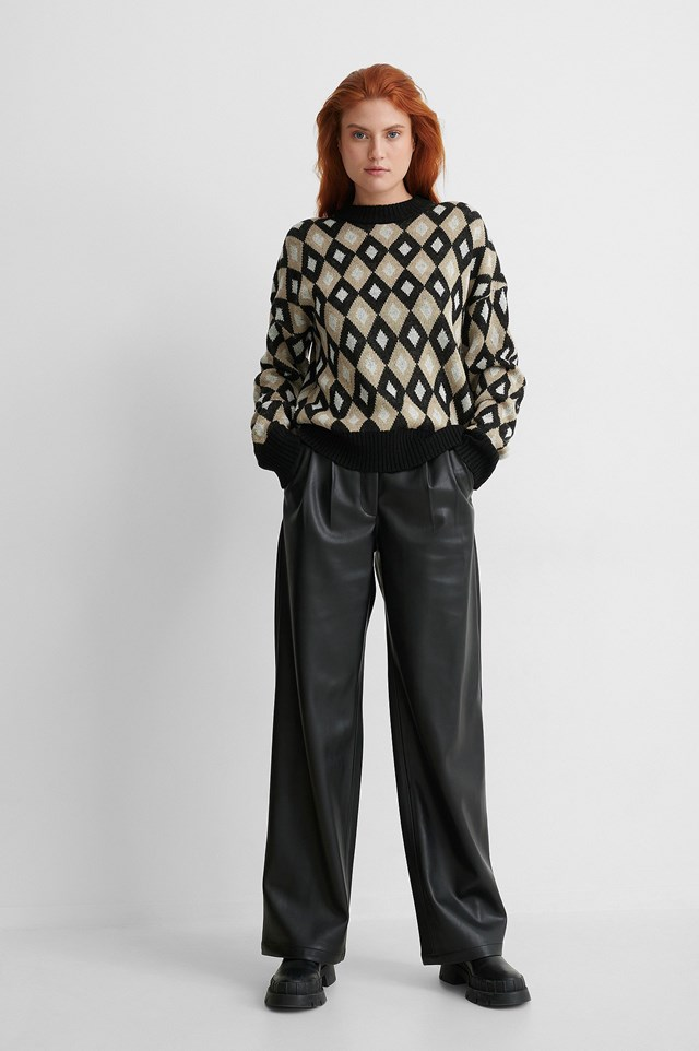 Round Neck Checked Knitted Sweater outfit.