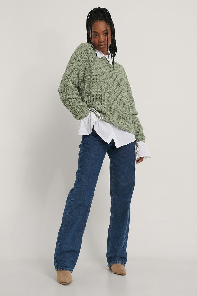 Back V-neck Knitted Sweater Outfit.