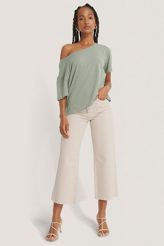 One Shoulder T-shirt Outfit.