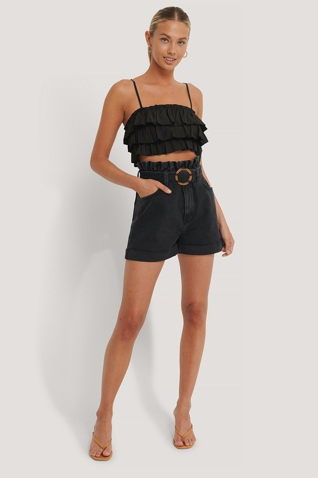 Buckle Belt Denim Shorts Outfit.