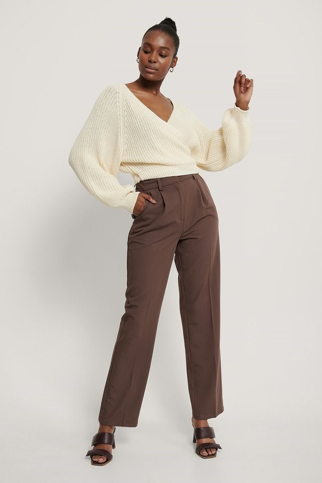 Balloon Sleeve Overlap Knitted Sweater Outfit.