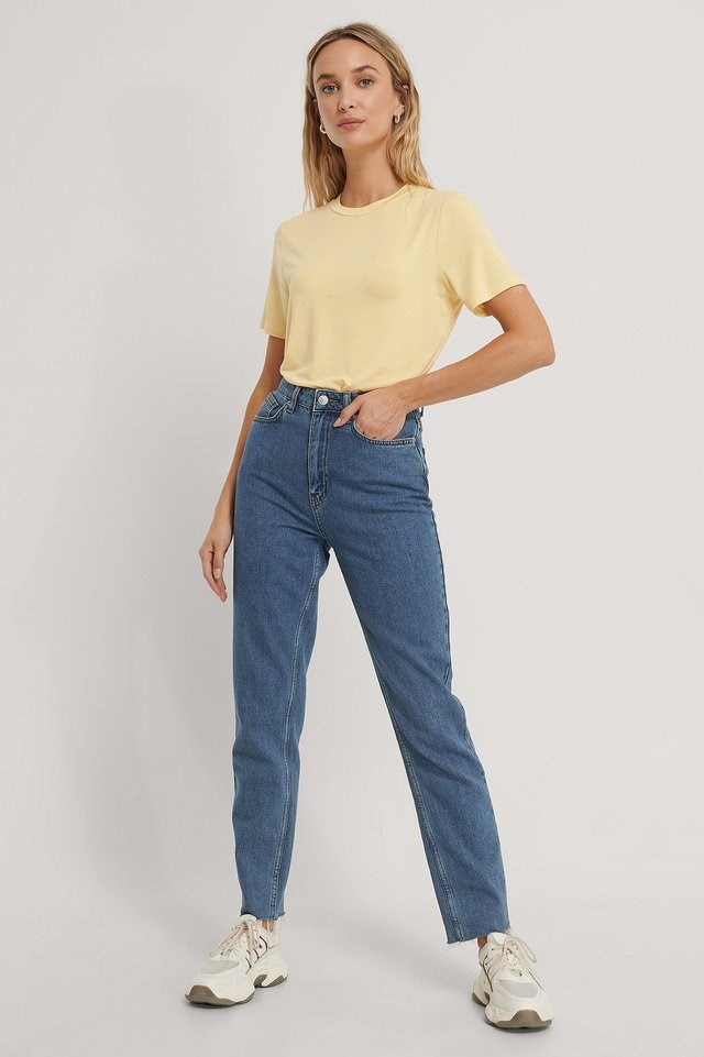 Roundneck Tencel Tee Outfit.
