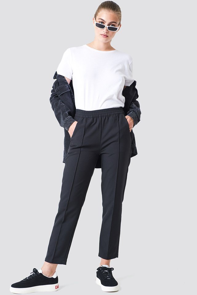 Jogger Pants with Classic Tee