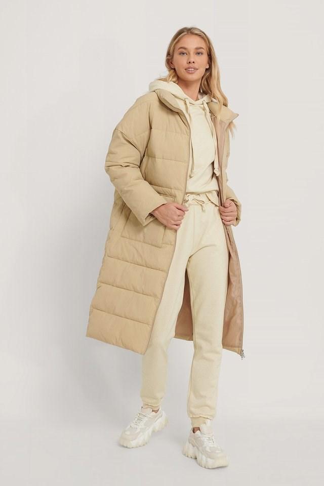 Big Pocket Padded Long Jacket.