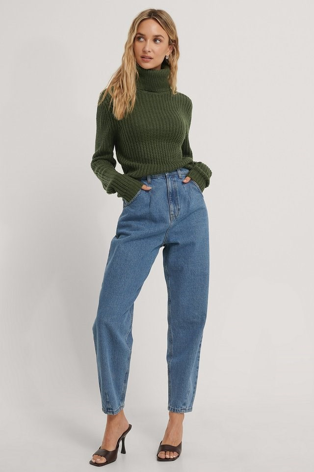 Tinelle Roll Knit Outfit.