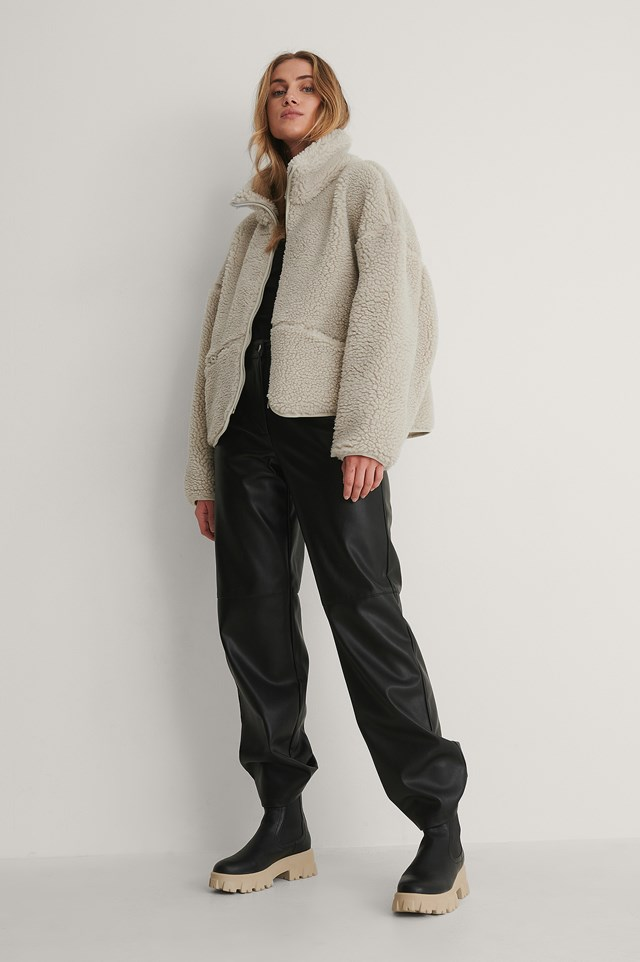 Zip Pocket Teddy Jacket Outfit.
