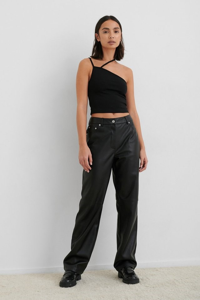 Double Strap Neck Detail Top Outfit.