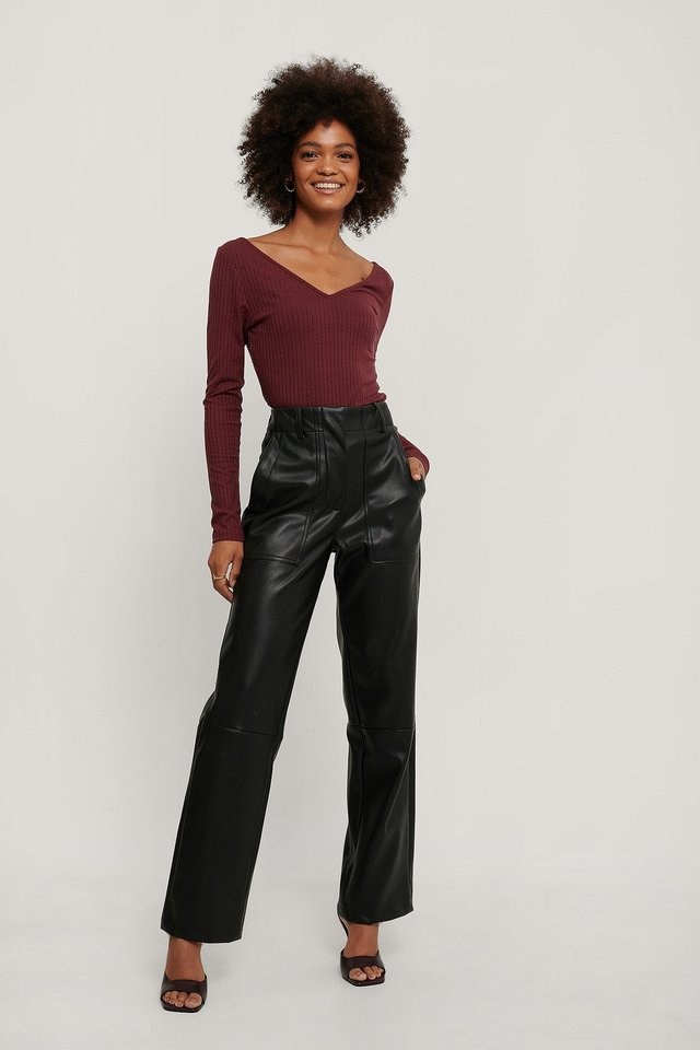 Ribbed Long Sleeve V-Neck Top Outfit.