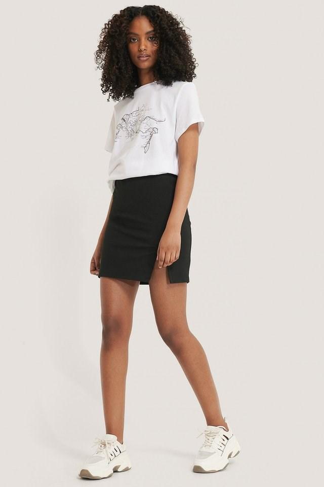 Short Slit Skirt Outfit.