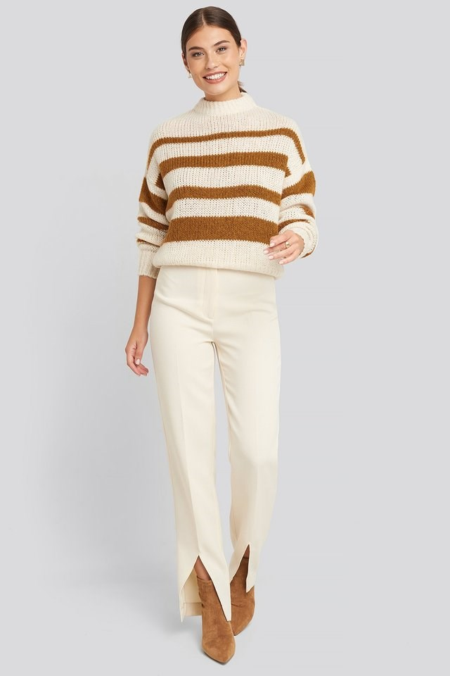 Striped Round Neck Oversized Knitted Sweater Outfit.