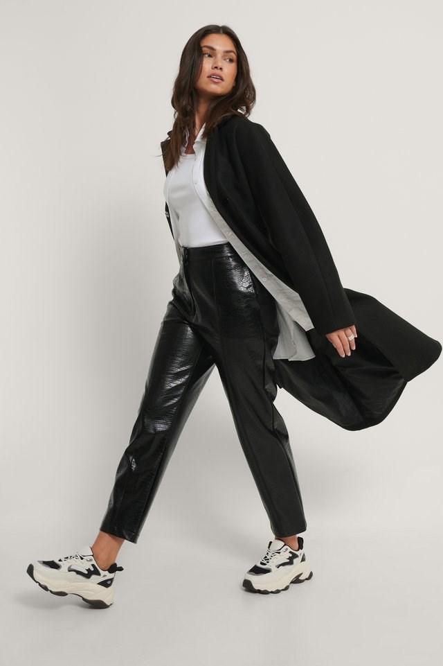 Shaped Waist Coat Black.