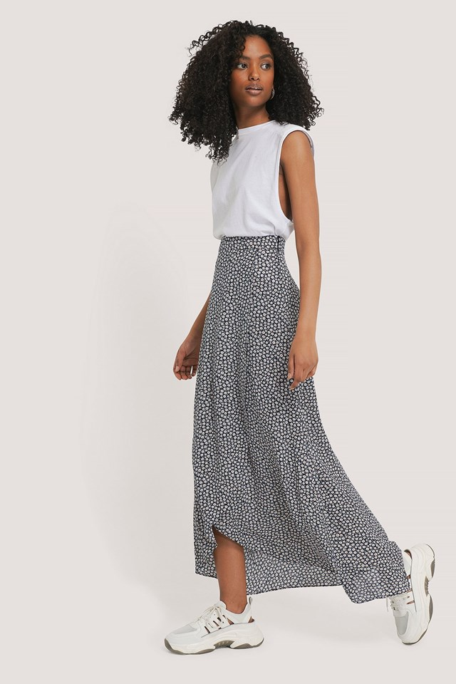 Printed Maxi Overlap Skirt Outfit.