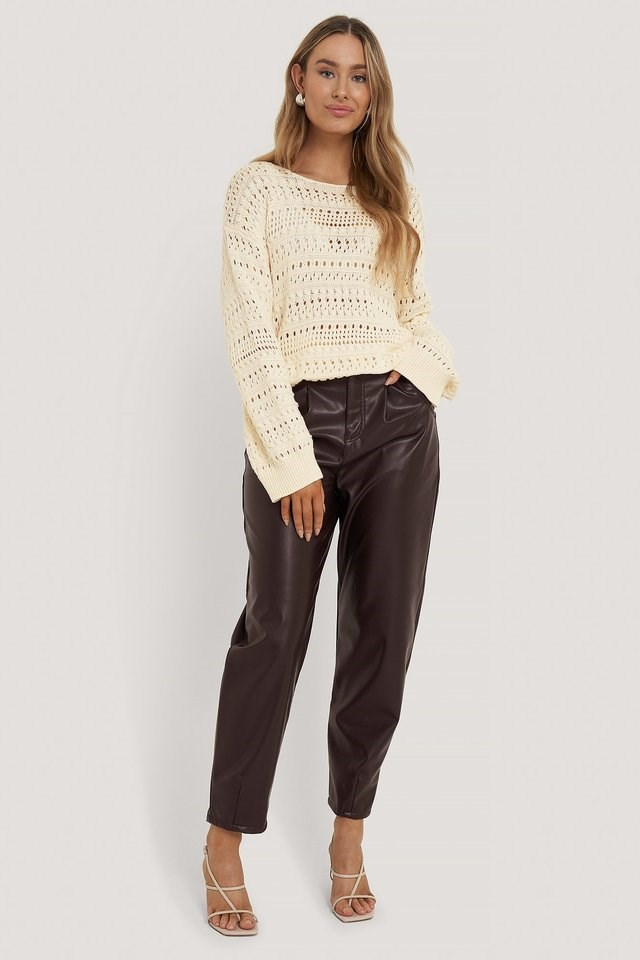 Slouchy Knitted Sweater Outfit.